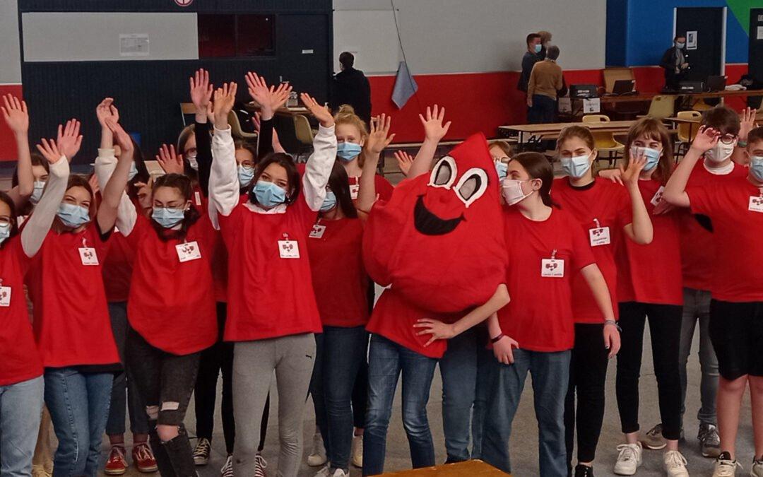 Une collecte de sang organisée par des collégiens